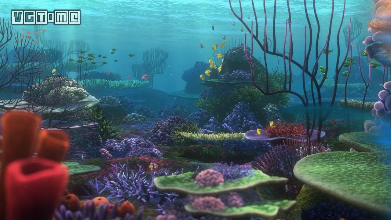 比如《海底总动员》开篇的大堡礁场景,小丑鱼马林和尼莫父子俩住在